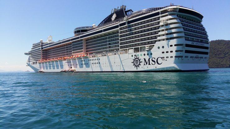 MSC Splendida em Ilha Grande
